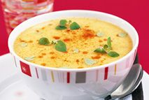 Slimming Curried parsnip soup – Recipes – Slimming World - This hot and spicy soup is a great winter warmer. Parsnip Recipes, Curry Recipes, Veggie Recipes, Cooking Recipes, Cooking Food, Slimming World Soup Recipes, Vegan Slimming World, Curried Parsnip Soup, Homemade Soup