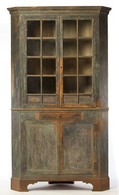 Lot # : 274 - Roanoke River Basin Chippendale Painted Cupboard