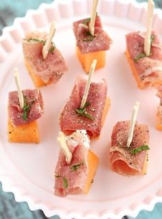 food,dish,hors d oeuvre,prosciutto,plant,