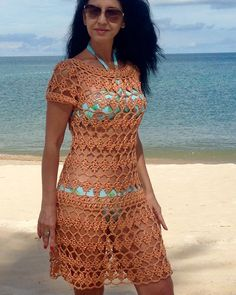 Laura Murrell's media content and analytics Crochet Beach Dress, Crochet Bra, Crochet Woman, Crochet Clothes, Boho Style Dresses, Beach Dresses, Casual Dresses, Vestidos Estilo Boho, Crochet Capas