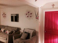Pink grey lounge