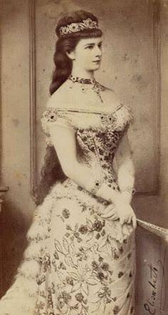 My favorite portrayal of Empress Sissi