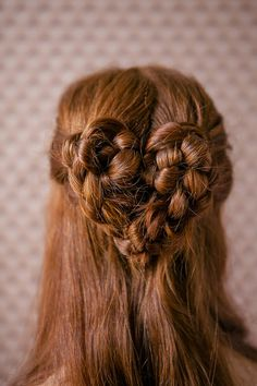 A heart #braid...so cute! From http://joannagoddard.blogspot.com/2012/09/motherhood-mondays-heart-braid.html  Photo Credit: http://alphasmoot.com/  Hair by Reagan Baker http://hdofblog.com/  Styling by http://kendrasmoot.com/