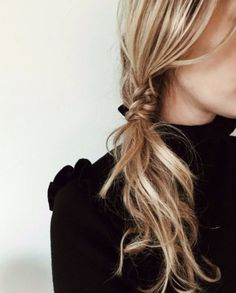 May 2020 - Hair. See more ideas about Hair, Hair styles and Long hair styles. Good Hair Day, Great Hair, Messy Hairstyles, Pretty Hairstyles, Dinner Hairstyles, Formal Hairstyles, Summer Hairstyles, Second Day Hairstyles, Natural Hairstyles