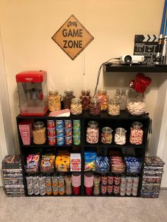 The post appeared first on Trendy. Theater Room Decor, Game Room Decor, Home Cinema Room, Home Theater Rooms, Room Ideas Bedroom, Bedroom Decor, Hangout Room, Chill Room, Cinema Cinema