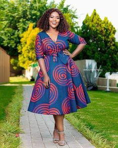 Latest African Fashion Dresses, African Print Dresses, African Dresses For Women, African Print Fashion, African Attire, Ankara Long Gown Styles, Ankara Styles, Traditional African Clothing, Casual