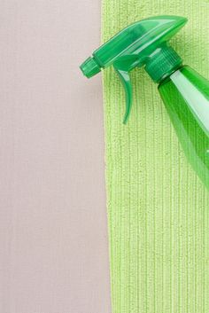 Do you detest using cleaning sprays that are full of chemicals and are terrible to our environment? How would you like to make your own, all natural and homemade cleaning solutions? Not only is it easy, but it's a simple part of something you probably already do: recycle! All you need to make your