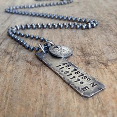 Men's Custom Coordinates Necklace Rustic Hand von TesoroDelSol