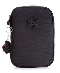 Attention all artists, students and anyone who loves to write, this ultra-lightweight pen case from Kipling is exactly what you've been looking for. Plenty of individual sleeves keep pens, pencils and Kipling Handbags, Kipling Bags, Kipling Backpack, Backpack Purse, School Accessories, Handbag Accessories, Kipling 100 Pens Case, Jet Pens, Pen Case