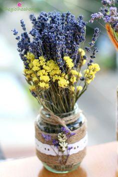 """""""Bình 120 cành hoa lavender - hoa oải hương khô nhập khẩu pháp. Quà tặng ý nghĩa và độc đáo cho người bạn yêu thương trong những dịp đặc biệt. """""""