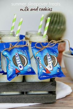 Summer Sleepover Treats: Milk and Cookies - Summer treats perfect for slumber parties, backyard campouts and outdoor movie nights. Fun Sleepover Ideas, Sleepover Birthday Parties, Girl Sleepover, Bachelorette Parties, Sleepover Activities, Birthday Ideas, 10th Birthday, Outdoor Movie Party, Movie Night Party