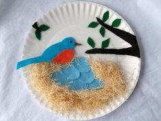 Blue bird nest idea. I think I will use an embroidery hoop with fabric instead of a paper plate. Spring craft