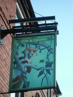 Quite striking image of the fox getting the grapes