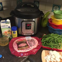 Instant Pot Ham, Green Beans & Potatoes- A Pennsylvania Classic comfort food fast Ham Green Beans Potatoes, Ham Hocks And Beans, Ham And Green Beans, Frozen Green Beans, How To Cook Zucchini, How To Cook Ham, Instant Pot Pressure Cooker