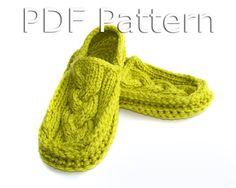Knitted Moccasin Slippers Pattern : Socken on Pinterest Stricken, Knitted Slippers and Slippers