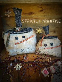 Primitive Snowmen by StrictlyPrimitive on Etsy