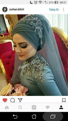 So beautiful I love all relegions frankly speaking - hijab style Bridal Hijab Styles, Muslim Wedding Dresses, Muslim Brides, Muslim Couples, Turban Hijab, Hijab Dress, Muslim Fashion, Hijab Fashion, Muslimah Wedding