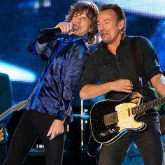 Easy Guitar, Guitar Tips, Cool Guitar, Guitar Lessons, Simple Guitar, Classic Nursery Rhymes, Nursery Rhymes Songs, American Music Awards, Mick Jagger