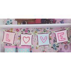 Haakpatroon LOVE Letters