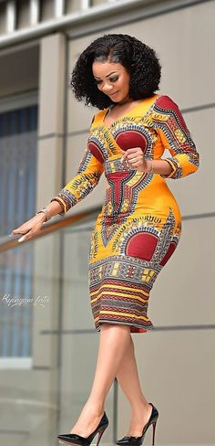 Africa Fashion 364158319869592935 - Serwaa Amihere in dashiki, african wear Source by jujuhutinjh African Fashion Ankara, Latest African Fashion Dresses, African Print Fashion, Africa Fashion, Fashion Prints, African Women Fashion, African Dashiki, African Style, Modern African Fashion