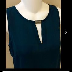 Laundry  by Shelli Segal tank Laundry by Shelli Segal in deep emerald green.  It's a gorgeous, flattering shade.  Metal accent at the collar.  This is a size large. 100%polyester. Laundry by Shelli Segal Tops Tank Tops