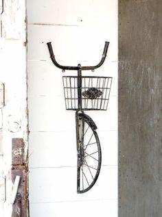Vintage Inspired Bicycle Wall Basket Shelf #vintagebicycles