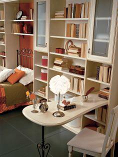 Согласитесь, что сочетание библиотеки, мини-бара, платьевого шкафа и различного рода полок, а также подставки для телевизора является весьма функциональным приспособлением в доме. Множество дизайнеров на мебельных заводах трудятся «в поте чела» над созданием идеальных дизайнерских решений для этой функциональности. Вы сможете достойно оценить все прелести этого предмета мебели, когда заметите, что все вещи лежат на своих местах.