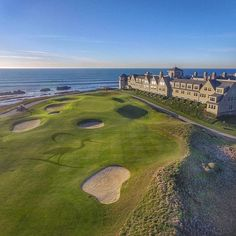 The beautiful half moon bay golf course in San Francisco, California. Famous Golf Courses, Public Golf Courses, Funny Golf Pictures, Coeur D Alene Resort, Golf Course Reviews, Golf Gifts For Men, Golf Videos, Golf Lessons, Golf Humor