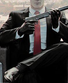 Hitman    Agent 47 Suit + details