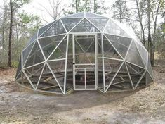 Pictures of domes built using the geo-dome plans Geodesic Dome Greenhouse, Yurt Home, Bali Resort, Pool Enclosures, Studio Living, Garden Projects, Garden Ideas, Small Living, Interior And Exterior