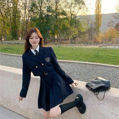 Korean Outfits School, School Uniform Outfits, Cute School Uniforms, Korean Uniform School, Kpop Fashion Outfits, Girls Fashion Clothes, Korean Girl Fashion, School Fashion, Cute Casual Outfits