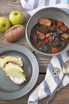 Katniss Dried Plum Lamb Stew | Udi's® Gluten Free Bread
