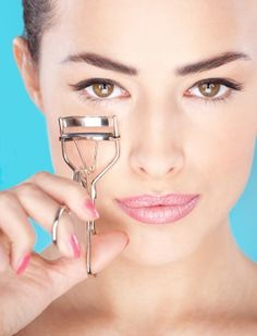 How To Grow Your Eyelashes Thick And Long http://www.naaree.com/how-to-grow-your-eyelashes-thick-and-long/