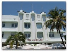 Ocean Drive is South Beach's main stretch, this is home of Miami's renowned beach, some of the city's prime examples of Art Deco architecture as well as the legendary sizzling nightscene. Miami Art Deco, Examples Of Art, Ocean Drive, Places Of Interest, South Beach, Facade, Backdrops, Mansions, The Originals