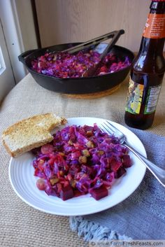 Red Cabbage, Leek, Brat and Beet Skillet Supper Cabbage Skillet Recipe, Cabbage Casserole, Great Recipes, Recipe Ideas, Yummy Recipes, Red Cabbage, Meals For The Week, Beets, Love Food