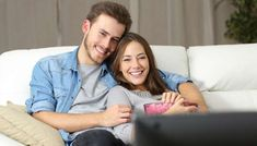 """So they seek couples therapy, they go to workshops for learning new relationship """"skills;"""" and they read the latest books and articles about. Jim Carrey, Dating Humor Quotes, Dating Memes, Memes Humor, Online Dating Advice, Dating Tips, New Relationships, Best Relationship, Bleach Online"""