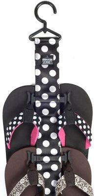Flip Flop Hanger! I just purchased this at Bed Bath and Beyond. $9.99 - and I…