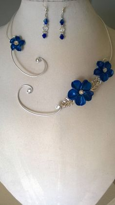 Spring Jewelry Trends and Minimalist Jewelry Box. Prom Necklaces, Prom Jewelry, Wedding Jewelry Sets, Bridesmaid Jewelry, Wire Jewelry, Bridal Jewelry, Jewlery, Jewelry Logo, Handmade Jewelry