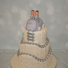 Rollercoaster wedding cake