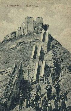 Castles, Monument Valley, Mount Rushmore, Monochrome, Mountains, Nature, Travel, Hungary, Naturaleza
