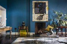 5 Highlights in the House and Leisure June 2016 Issue Dark Interiors, Wood Interiors, Brown Interior, Leather Interior, Color Trends 2018, Masculine Interior, Interior Inspiration, In This World, Interior Design