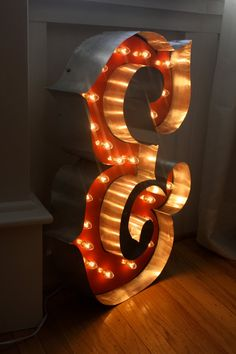 Custom Made Marquee Letter Lighting ANY Letter by hammerandpaint Large Cardboard Letters, Cardboard Crafts, Paper Crafts, Diy Marquee Letters, Light Letters, Diy Craft Projects, Diy Crafts, Craft Ideas, Led Neon