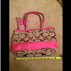Coach Pink & Brown purse Addtl pics Measurements above in picture are about  14 inches wide on the top, bottom about 12 inches wide, strap drop about 8 inches and height about 9 inches. Addtl pics of coach pink and brown purse. ASK ABOUT MY MOVING SALE!! Coach Bags