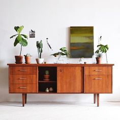 beauty of credenzas. the beauty of credenzas. / sfgirlbybaythe beauty of credenzas. Decor, Mid Century Modern Furniture, Furniture, Interior, Home Furniture, Teak Credenza, Home Decor, House Interior, Retro Home Decor