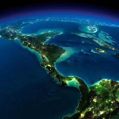 A Terra vista do espaço, enquanto vários países dormem, esbanja perfeição.