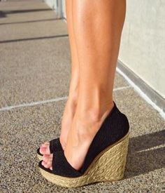 I love everything about Shoes. This is a lovely model.