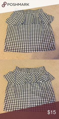 Houndstooth peplum mini skirt Houndstooth peplum mini skirt Skirts Mini