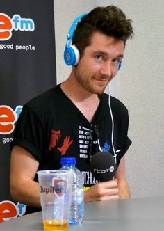 Dan Smith // What a dreamboat *.* those eyes though....