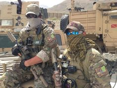 S Army Special Forces in Afghanistan equipped with some unique patches. Do you see other thing on the background ? Military Humor, Military Police, Military Weapons, Military History, Gi Joe, Military Special Forces, Delta Force, Afghanistan War, Tactical Operator