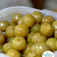Amla/Indian gooseberry is an incredible medicinal plant with a host of healing properties. Drinking amla juice helps in growing stronger hair, promote weight loss and control diabetes. Learn more how this wonder fruit benefits overall health. Amla Recipes, Indian Food Recipes, Vegetarian Recipes, Amla Hair Oil, Fruit Benefits, Juicy Fruit, Eating Raw, Healthy Dishes, Hair Growth